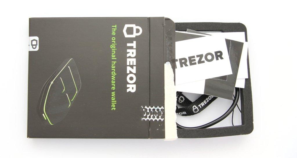 TREZOR Cardboard open